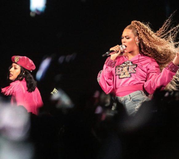 Beyoncé arrasa em segundo final de semana no Coachella
